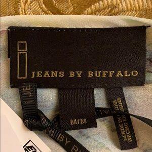 i jeans by Buffalo Tops - NWT I Jeans by BuffLo dreamy feminine top